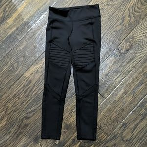 Old Navy Active Ribbed Legging